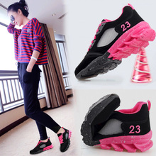 Lady Walking Shoes Woman Sports Shoes 2018 Increase In New Run Shoes Black Thick Bottom All Match Female Fitness Sneaker