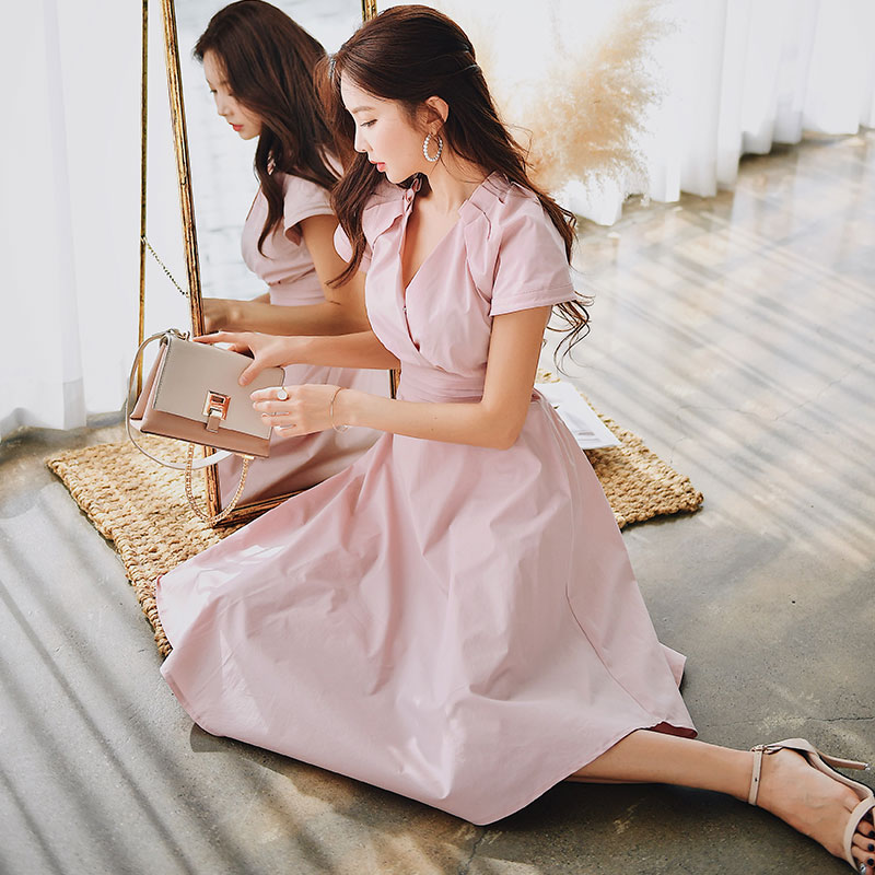 Dabuwawa Summer Sexy V Neck Elegant Midi Dress Women 2019 New Pink Cloak Sleeve A Line