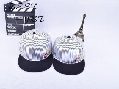 f845809e68c84 2017 Korean version of the new men and women paternity pinstripe baseball  cap cartoon button badge smiley skull hip hop hat