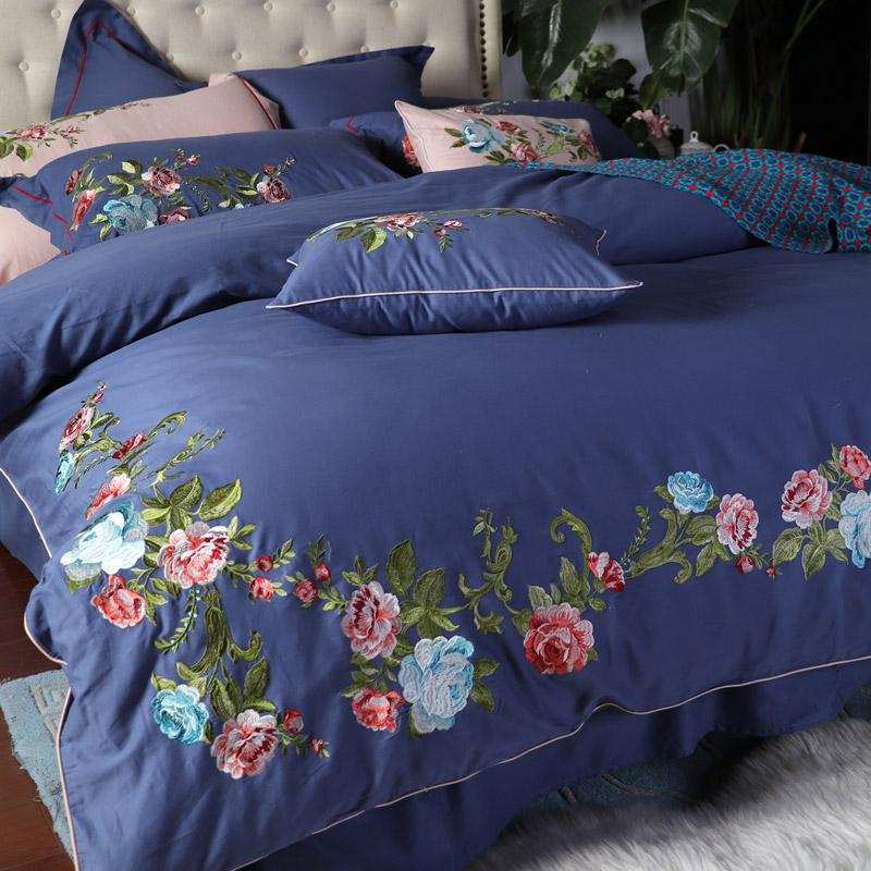 Nice 100% Egyptian Cotton Embroidered Luxury Royal Bedding Set 4/6Pcs King Queen Duvet Cover Bed Sheet set Pillowcase blue Hotel