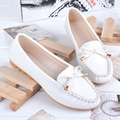 2016 Casual Flat Shoes Flat Heel Genuine Leather Female Moccasins Scrub Plus Size Women's Shoes Mother Shoes