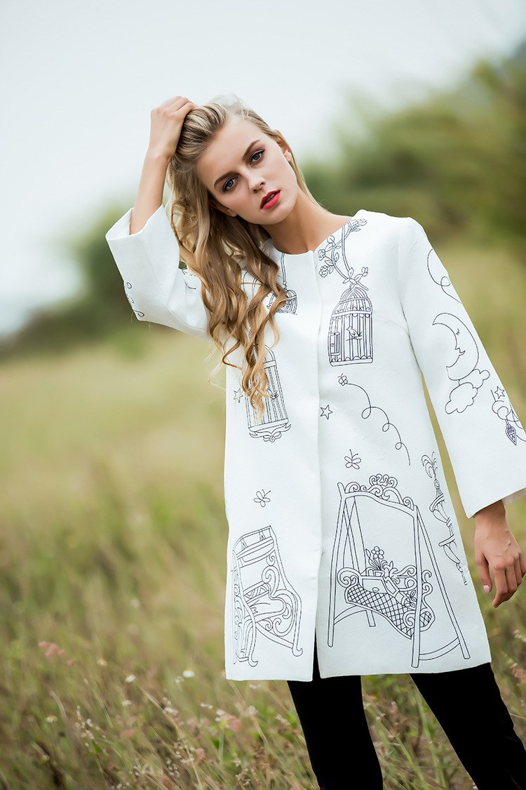 2017 Autumn Winter White Graffiti Coat Fashion New Loose Warm Long Sleeve font b Women b