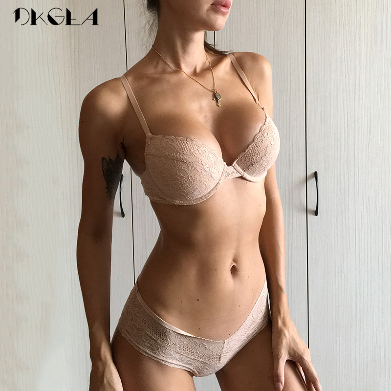 2019 New Top Sexy Underwear Set Women Bra A B C Cup Comfortable Thin Cotton Brassiere Lace Lingerie Set Embroidery Bras Black