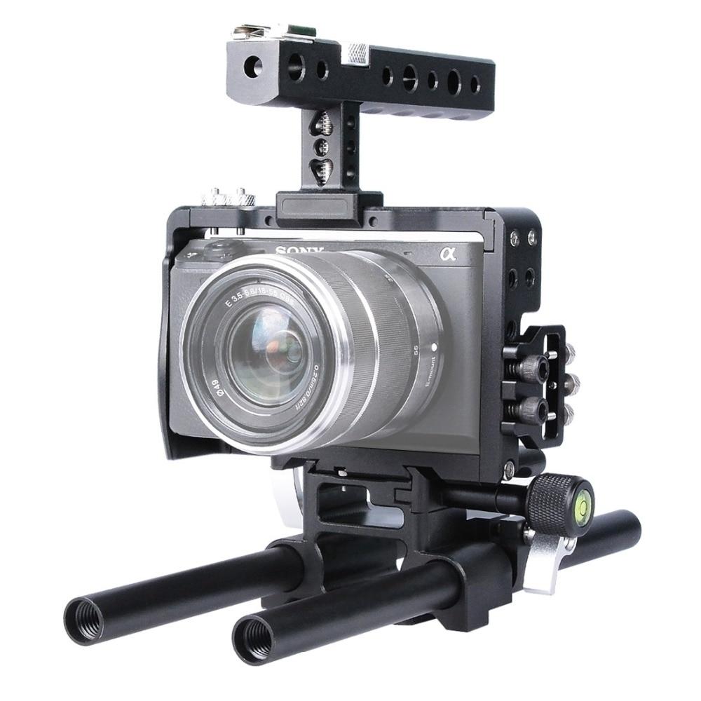 Stabilisateur de Steadicam de Cage de caméra d'alliage d'aluminium de poignée tenue dans la main de plate-forme de la tige 15mm de PULUZ DSLR pour Sony A6500 A6300 A6000