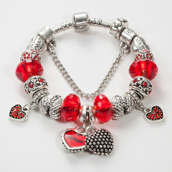 Rouge Coeurs Laque Qui font Bracelet En Cristal Bijoux De Mode Charme Bracelet Macroporeux Perles Bracelets Pour Les Femmes