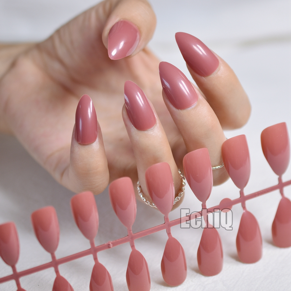 Dusty Cedar Fashion Stiletto False Nails Pointed Sharp Candy Red Fake Nails for daily we ...