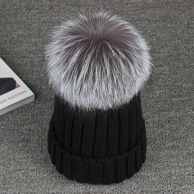 2016 Winter Fox Fur Pompon Benaie 100% Real 15cm Silver Fox Hats For Women Warm Knitted High Quality Hat Female Skullies Beanies