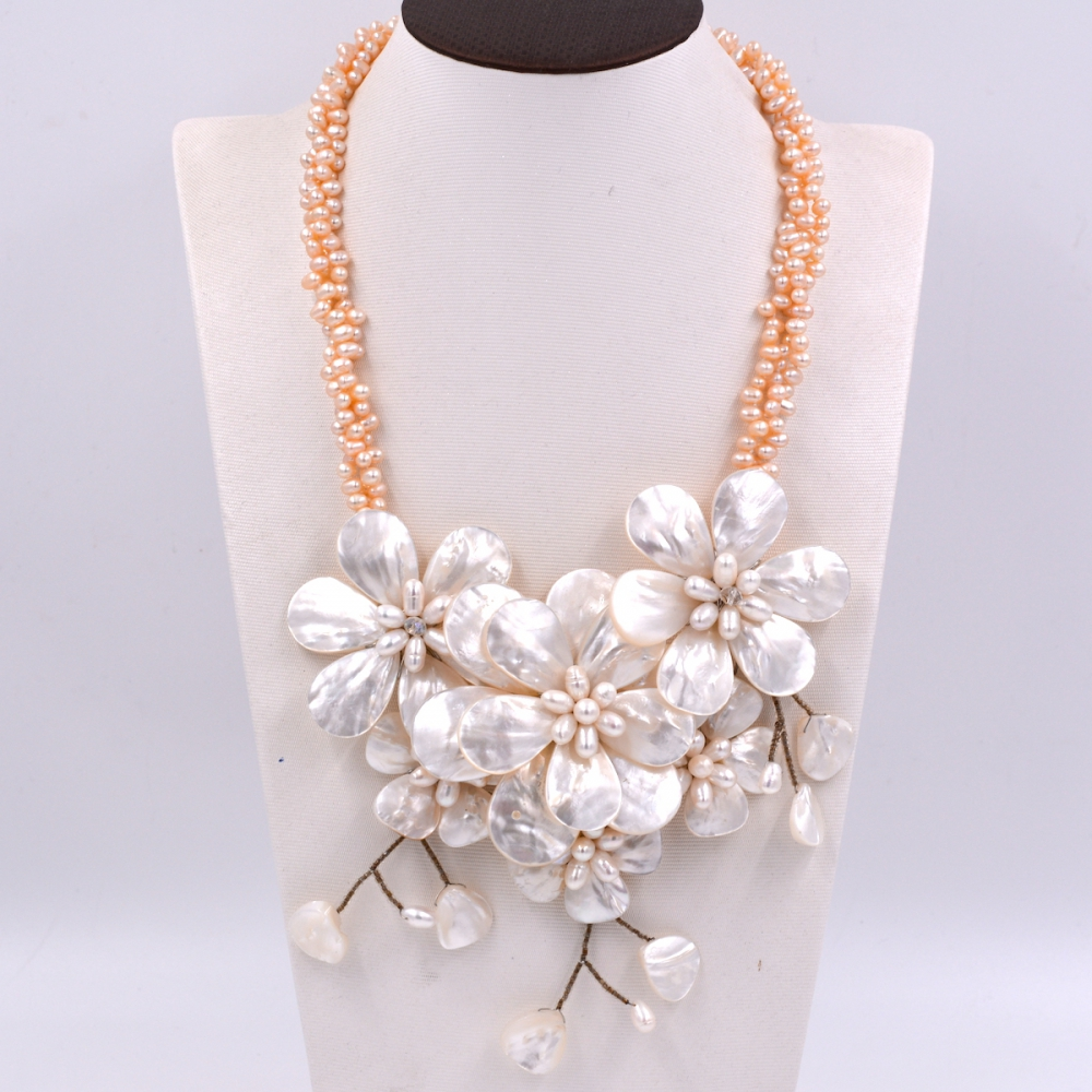 Fashion Women chain jewelry White Sea shell flower Natural pink freshwater pearl necklace Fashion Women Jewelry Gift купить недорого в Москве