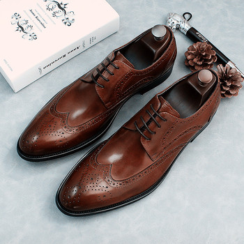 Lace up Formal Business Shoes Flat heel Genuine Leather Mens Dress Shoes Brogue Carved Leather Shoes