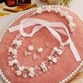 Sistemas de la joyería nupcial de la perla hecha a mano de resina de alta calidad aretes collar de flores de la boda sombreros de tres piezas conjuntos de joyas