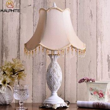 European Retro Table Lamp for Bedroom Bedside Lamps Table Princess room Wedding decor home lighting Vintage Desk Lamp