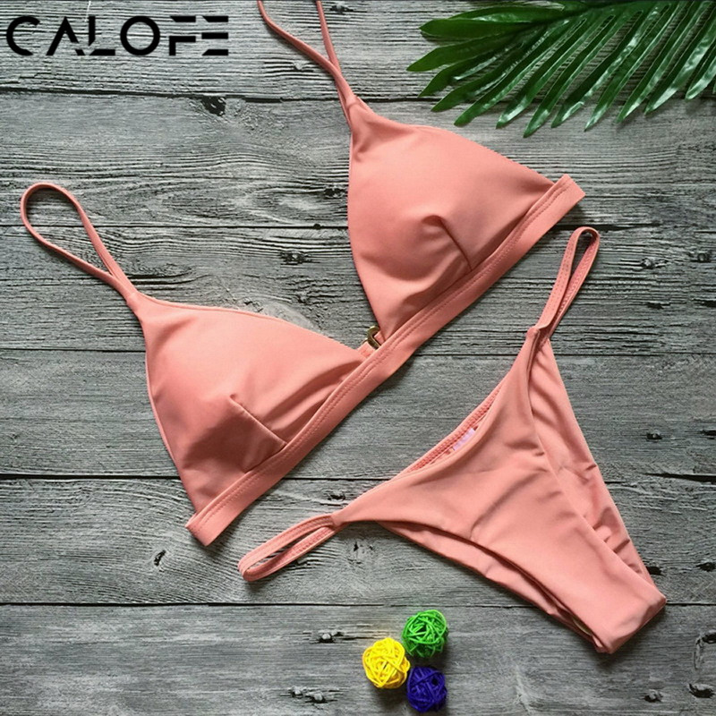 2018 Donne di colore giallo Bikini Set Costume Da Bagno Bikini Brasiliano  Costumi Da Bagno Tazza Sexy Push Up Solid Top Perizoma Micro Bikini delle  donne ... f91043b40e5