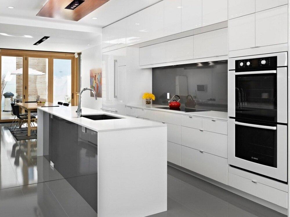blanc haute brillance armoire de cuisine moderne dans armoires de cuisine de r novation sur. Black Bedroom Furniture Sets. Home Design Ideas