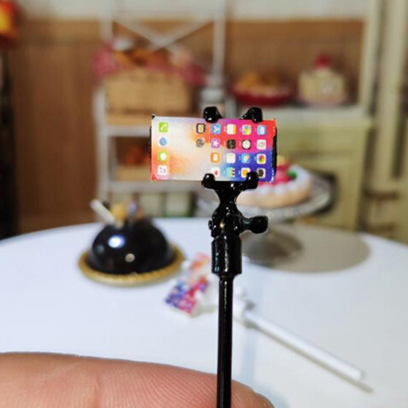 1 Set 1:12 Miniature The Selfie Stick + Cell Phone Model For Doll Dollhouse Acessories