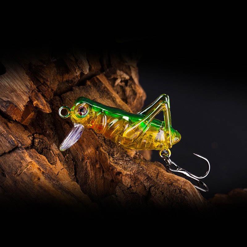1pcs / Lot 4.5cm 3g Grasshopper Insect Fishing Lures Flying Wobbler Lure Hard Bait Lifelike Artificial Bait Bass Swimbait Pesca