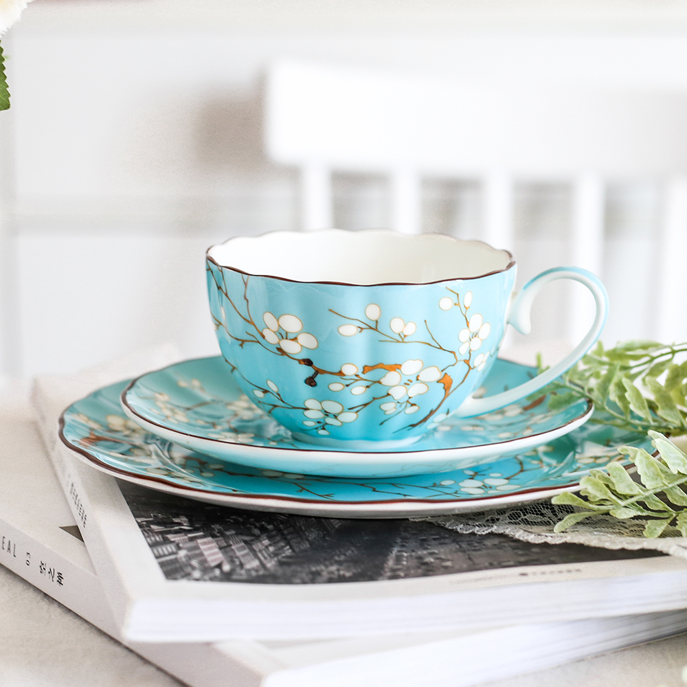 US $5.5 5% OFFTop grade Bone China coffee cup set British Teatime  Afternoon porcelain tea cups and saucers Dessert Flat plate Tea  partyCoffee Cup