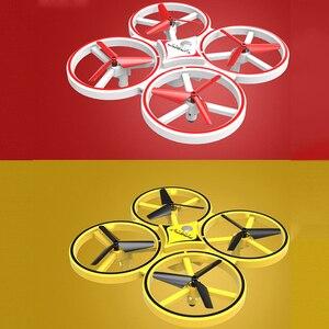 Image 4 - Novo mini drone pulseira controle infravermelho desvio de obstáculos mão controle altitude hold 2.4g quadcopter para crianças brinquedo presente zf04