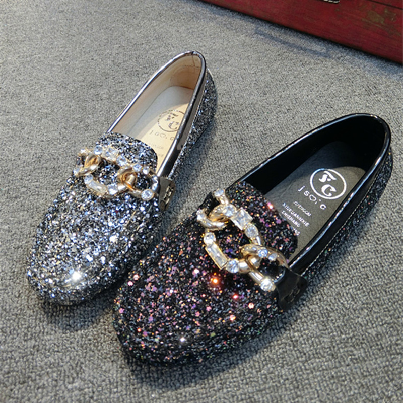 New 2017 Spring Shoes Woman Bling Bling Slip-on Loafers Rhinestone Fashion Women Flats Size 35-40 Ladies Shoes sapato feminino gold sliver shoes woman for 2016 new spring glitter bling pointed toe flats women shoes for summer size plus 35 40 xwd1841