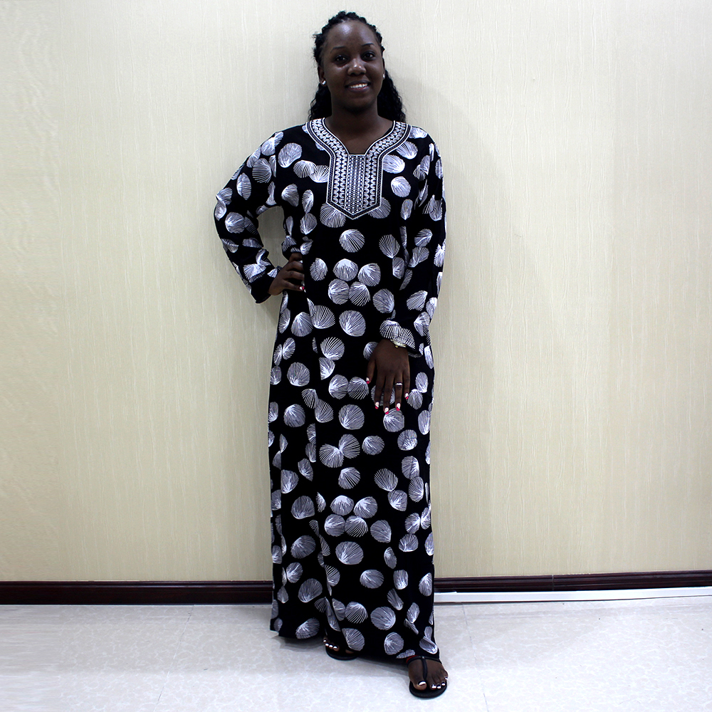 2019 New Muslim Dress Dashiki Print African Clothes V-neck Long Sleeve Fashion African Long Dress