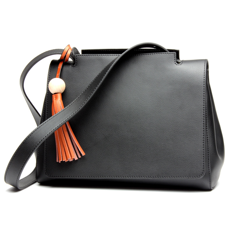 2017 Casual Women Genuine Leather Solid Bags Fashion Zipper Tassel Designer Totes Cowhide Lady Handbag Black Brown Shoulder Bag luxury genuine leather bag fashion brand designer women handbag cowhide leather shoulder composite bag casual totes