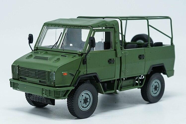 1:24 modèle moulé sous pression pour NAVECO IVECO NJ2046 armée camion (vert) alliage jouet voiture Miniature Collection cadeaux Van