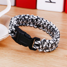 купить Survival Paracord Men Bracelet Fit Whistle Buckle Outdoor Camping Hiking Survival Wristband Emergency Rope Bracelet Jewelry Gift по цене 91.73 рублей