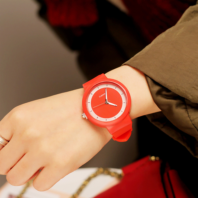 Simple style Classic Silicone students Quartz Watch Women Jelly wristwatch Lover