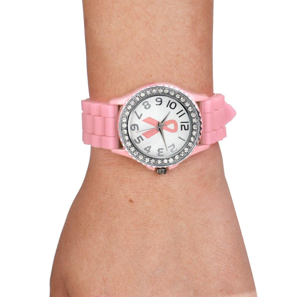 d96689f64ad Alta Qualidade Novo Desigen Mulheres Menina Relógio de Quartzo Analógico  Banda de Silicone Relógio Ocasional Do Câncer de Cristal Dial Relógio de  Pulso ...