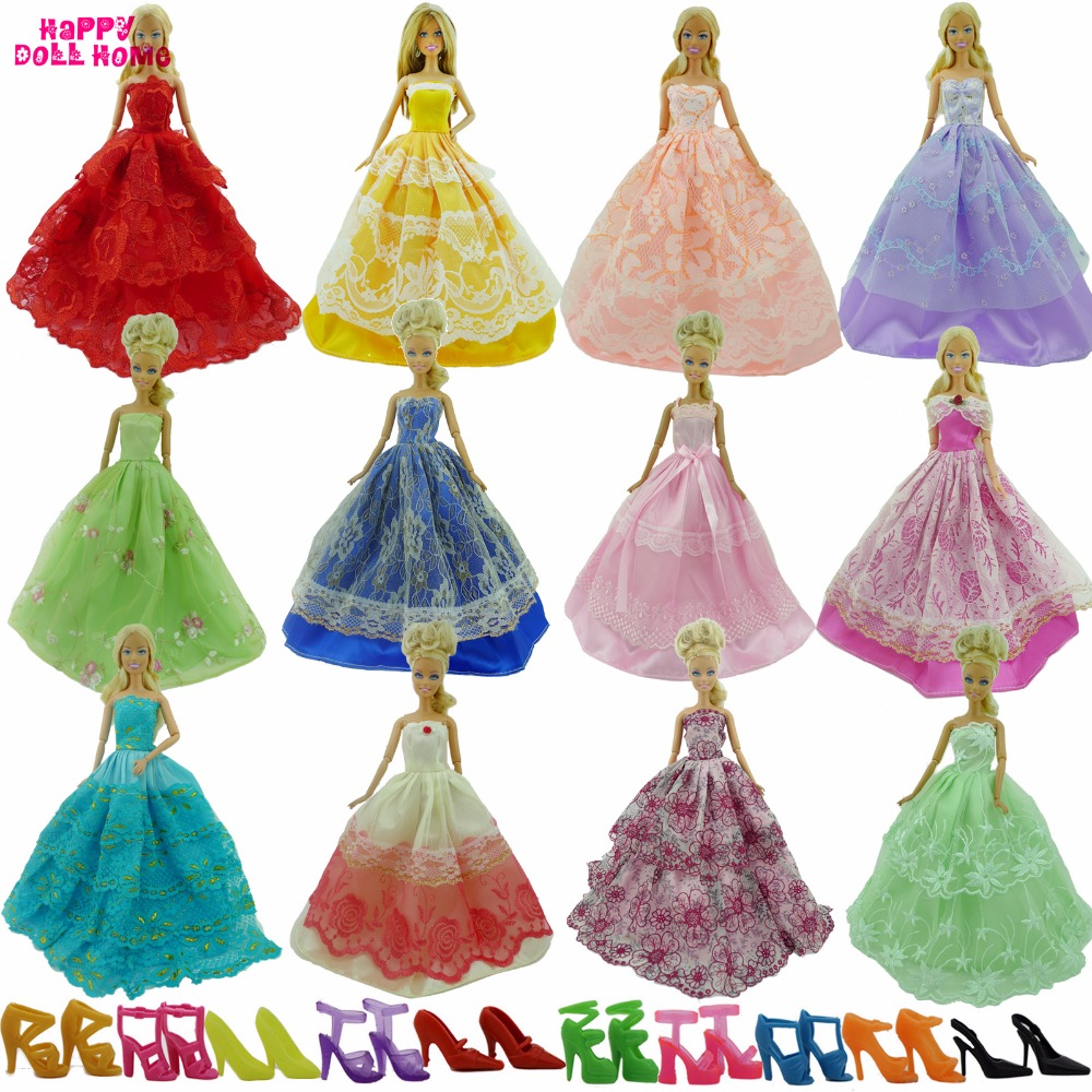 Random Pick 15 Items = 5 Wedding Dress Princess Gown + 5 Pairs Shoes + 5 Pink Hangers Clothes For Barbie Doll Gift Baby Toy cheapest  10 items  5 suit clothes   5
