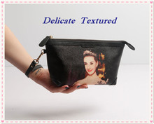 618. Clutch beautiful women adorable new retro printing big names fashion leather Pocket bag lady Cowhide hand Famous star
