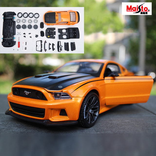 Maisto Ford Mustang GT Orange 1:24 Scale Assembly Model Car Alloy Metal Diecast Car Toys High Quality Collection Baby Toys Gift