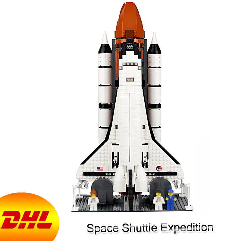 HF Movie Figures 1230Pcs Space Shuttle Expedition Model Building Kits Blocks Bricks Toys For Children Gift Compatible With 10231 10646 160pcs city figures fishing boat model building kits blocks diy bricks toys for children gift compatible 60147