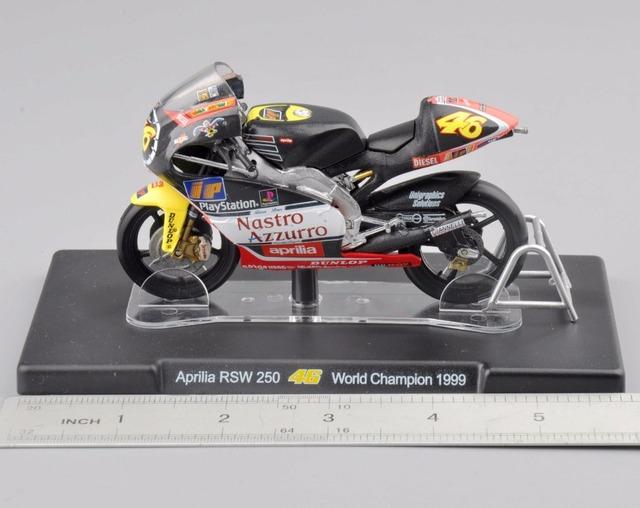 1/18 Escala Modelo de Motocicleta Aprilia RSW 250 #46 Campeón Del Mundo VALENTINO ROSSI 1999 Colecciones de Diecast Regalo para Los Niños