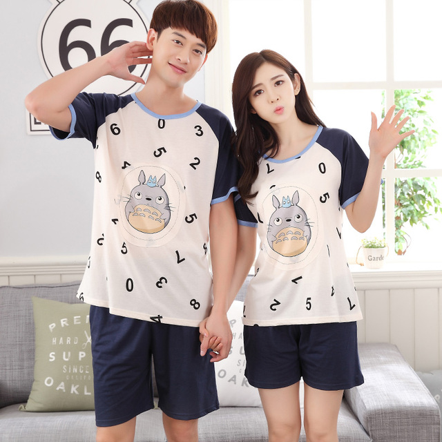 2017-Número de Casais & padrão Totoro curto sleepwear XXL