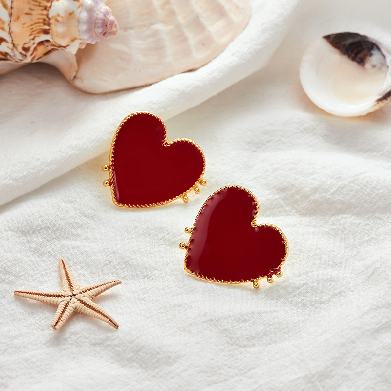 19 New Design Punk Gold Edge Red Acrylic Heart Stud Earrings For Women Bohemian Big Stud Earring Christmas Jewelry Gift 3
