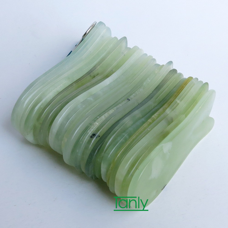 Good quality! wholesale & retail fish shaped guasha beauty face kit natural jade 2pieces/lot good quality wholesale