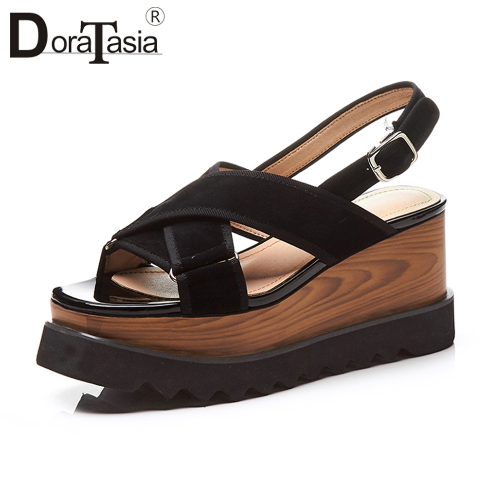 DORATASIA 2019 lato nowy marka moda naturalne Kid Suede sandały kobiety duży rozmiar 33 40 platformy wysokie kliny data buty kobieta w Wysokie obcasy od Buty na  Grupa 1