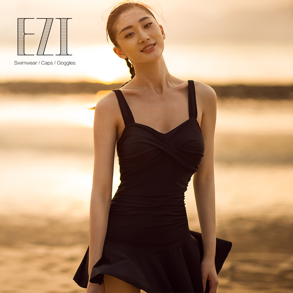July sand sexy women one piece swimming suit with black high quality fabric swimwear