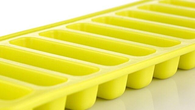 brixini.com - Water Bottle Ice Tray