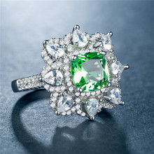 Huitan Vintage Flower Party Ring Fashion Plant Design Retro Women Finger With Bright Green CZ Stone New Style High Quality