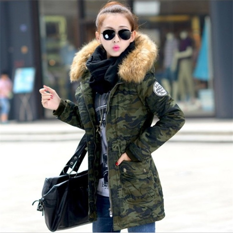 FUNOC 2016 Winter Cotton Parka Coat Fur Hooded Army Camouflage Women Jackets Real Raccoon Fur Collar
