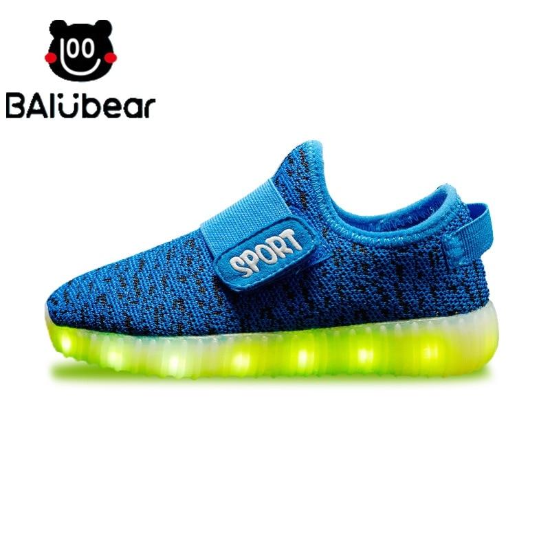 25ec6749cb0ac4 LED-Sneakers-2017-di-Nuovo-Modo-Luminoso-USB-Ricaricabile-Bambino-Scarpa -che-Respira-Delle-Ragazze-Dei.jpg