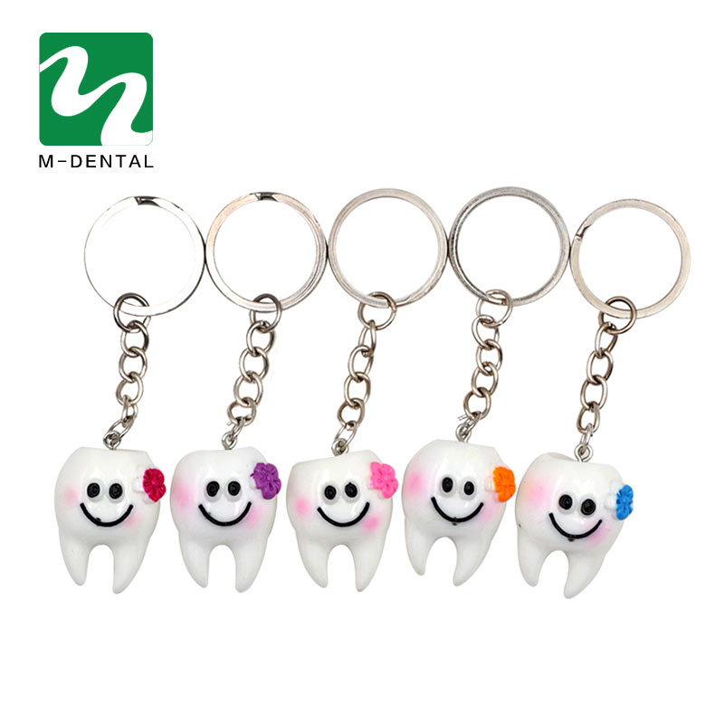 5Pcs Dental Simulation Tooth Pendant Keychain Lovely Cartoon Dental Decorative Accessories Promotional Gifts