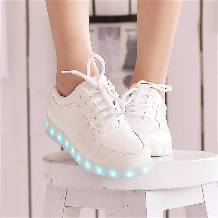7 цветов из светодиодов светящиеся светящиеся обувь кроссовки кеды светящиеся светящиеся кроссовки кросовки светящиеся привело кроссовки кеды