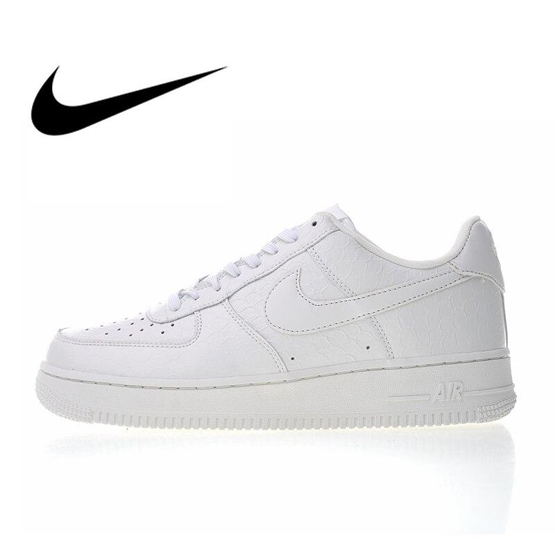 Original authentique Nike Air Force 1 07 LV8 blanc Croc chaussures de skate homme Sport extérieur baskets 2018 nouveauté 718152