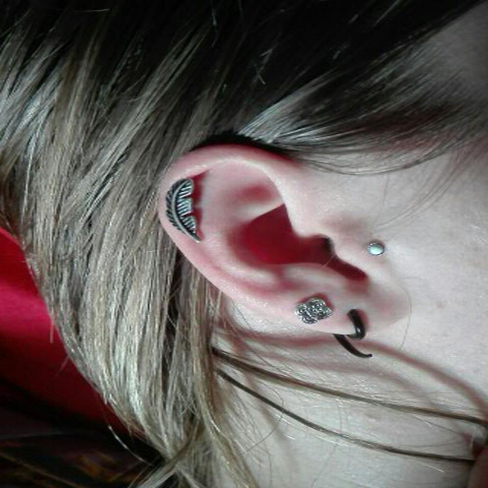 4d55bd0ea Showlove-2pcs Feather Ear Cartilage Piercing Tragus Helix Studs Piercing  Body Jewelry 16g Stianless Steel
