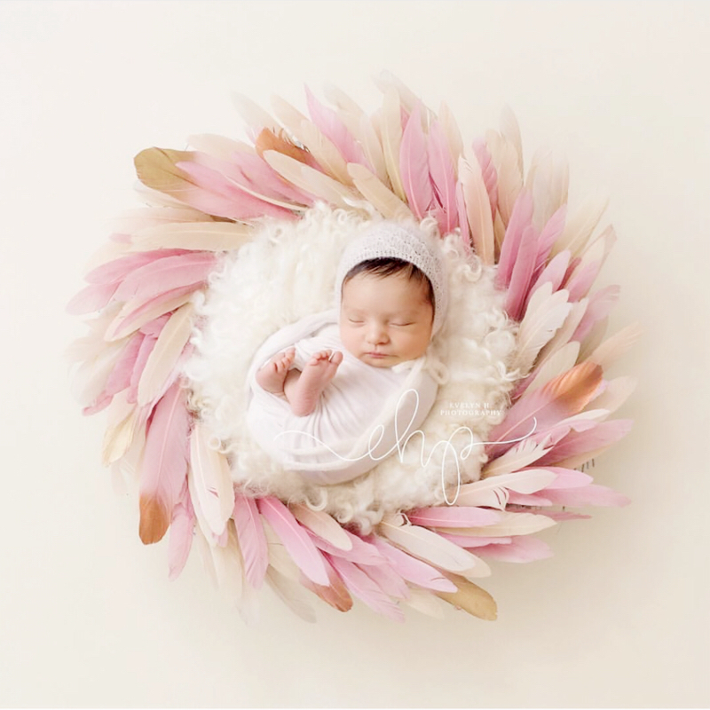50/Pack Newborn Baby Photography Color Feather Props Infant Fotografia Accessories Tiny Baby Girl Boy Photo Shoot Props Foto