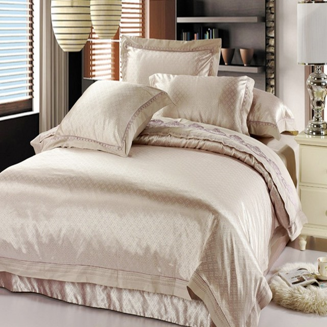 100%  noble jacquard  embroideried bedding set /duvet cover set /comforter set