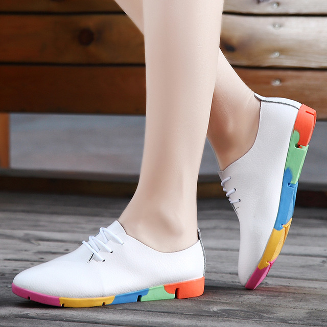 The spring and Autumn New Korean white shoe leather strap female flat shoes pointed deep soft bottom shoes casual student