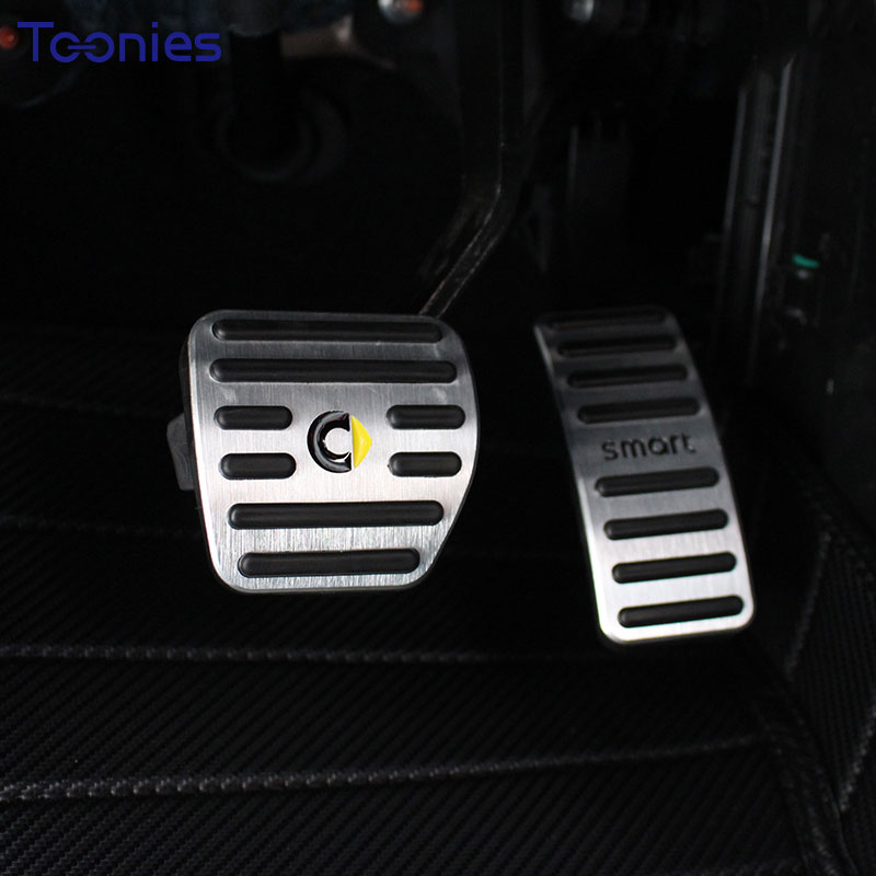 Smart 453 Forfour Fortwo Accelerator Pedal Anti-skid Aluminum Alloy 2Pcs Brake Pedal Plate Manual Pad Car Accessories Styling smart 453 fortwo forfour automotive accessories car steering wheel cover shell interior car decoration metal ring car styling